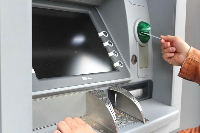 Bild på en typisk insättningsautomat i Herrljunga.